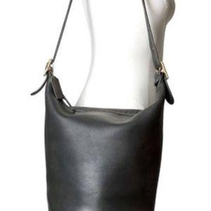 Vintage Coach Black Bucket Bag - Zipper Closure